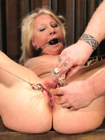 First time bondage for Kimmy