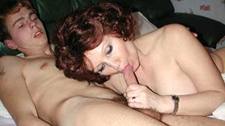 Mature woman sucked off the cock