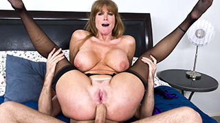 Mature woman gets hard cock plugged into her asshole