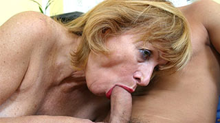 Mature woman sucked taking her lover's cock deeply