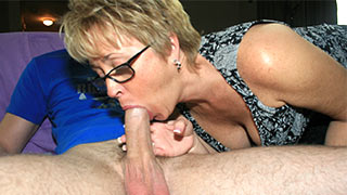 Mature woman kept sucking draining the cock and balls
