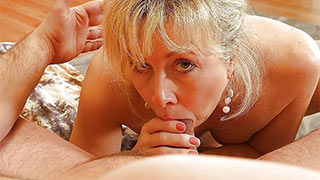 Mature woman deepthroat sucking