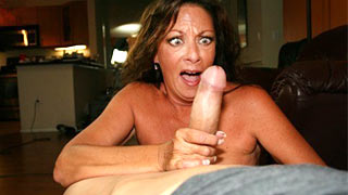 Mature woman shocked of the huge cock