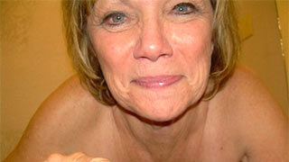 Naked horny mature woman