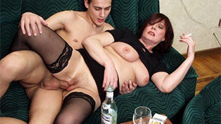 Drunk mature woman fucking hard