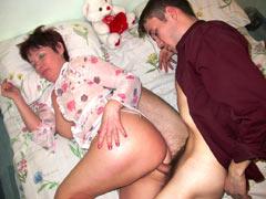 Drunk mom allows a lot