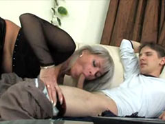 Blonde mature women fucks young boy